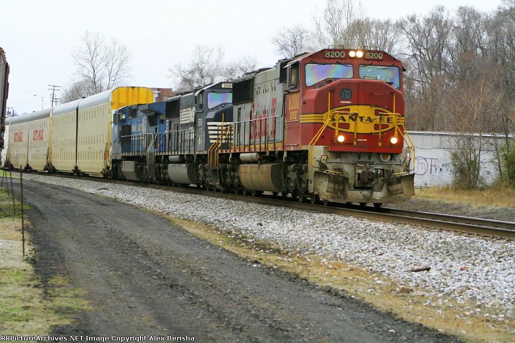 BNSF 8200 212