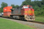 BNSF 751 leading NS i4V