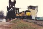 Eastbound coal loads cross into Wisconsin