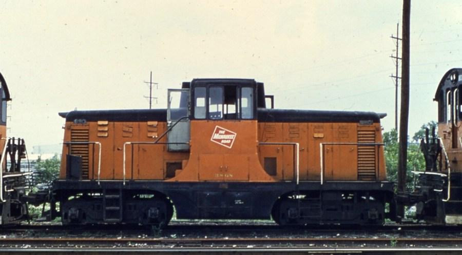MILW 990