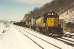 Hopper train prepares to enter Belt Yard