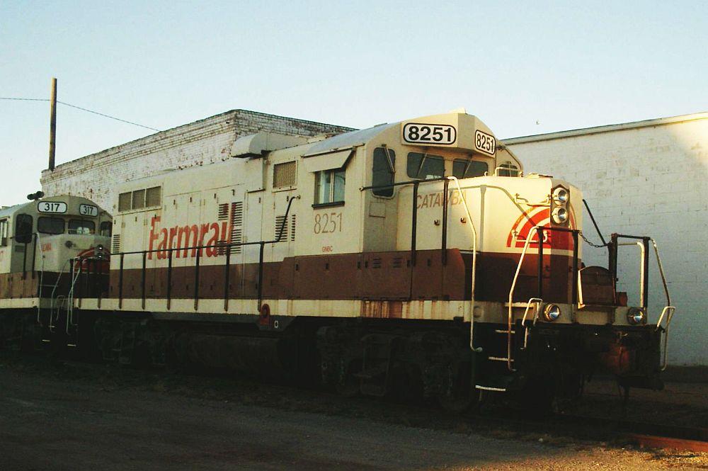 Farmrail 8251