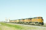 BNSF 5519 heading up 7 more units