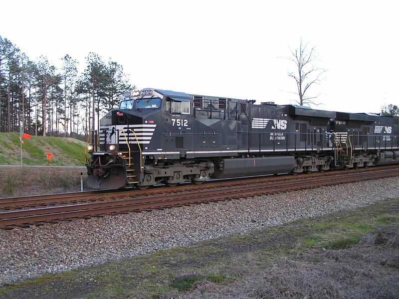 NS 7512