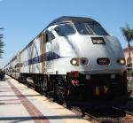 Metrolink engine 890 and train
