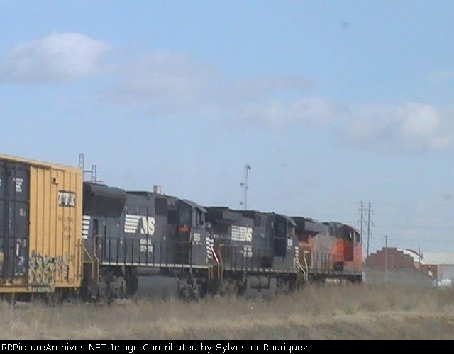 BNSF 7582