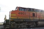 BNSF 4907