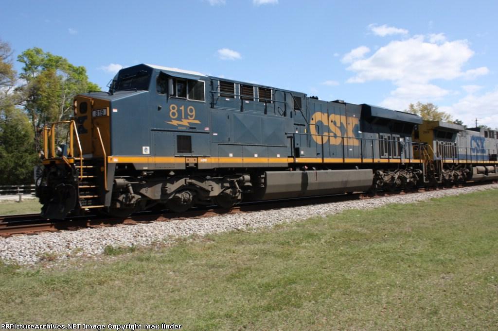 CSX 819