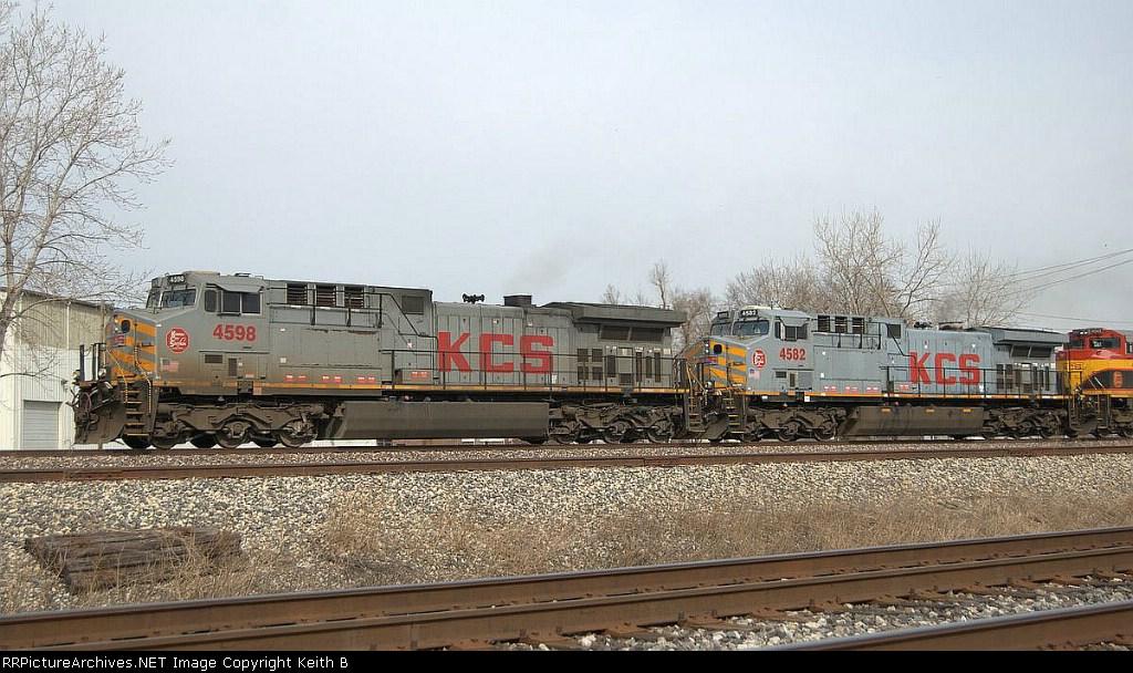 KCS 4598 and 4582