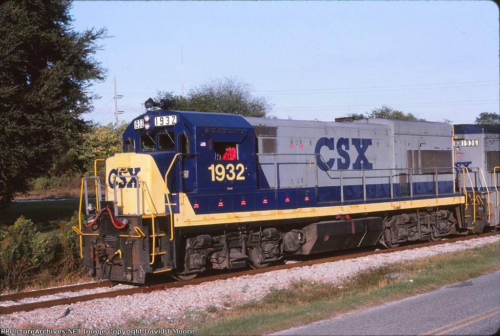 CSX 1932