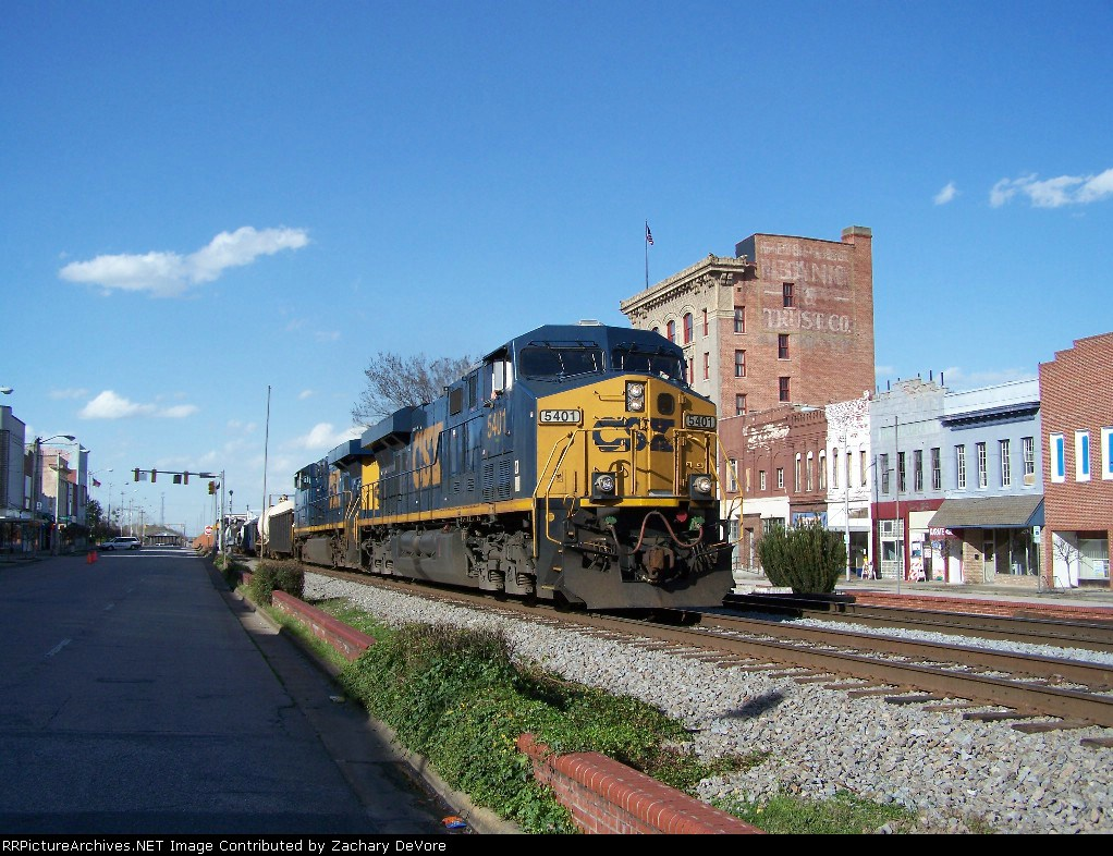 CSX 5401 Thunders Through Downtown