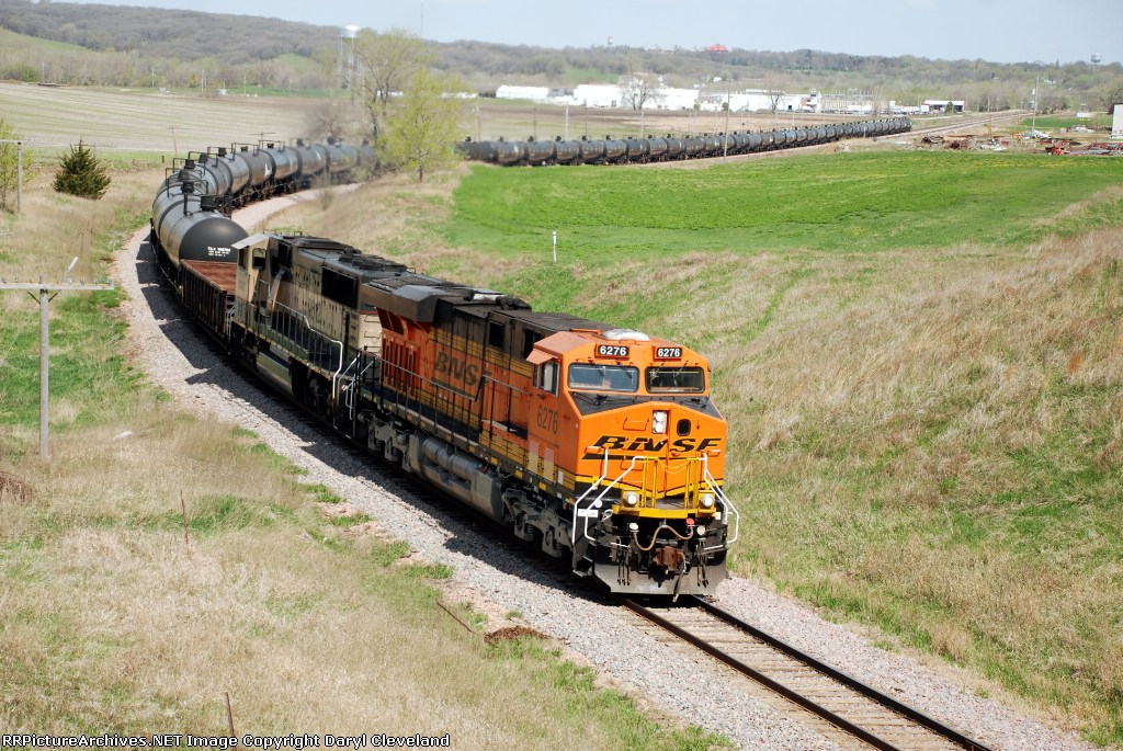 BNSF 6276 on its way to market with another load of ethanol