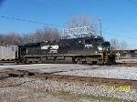 NS 9939 leads northbound NS 730 empty coal train