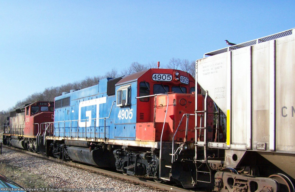 GTW 4905 & CN 5248 are the Canadian National's Local Power this Day