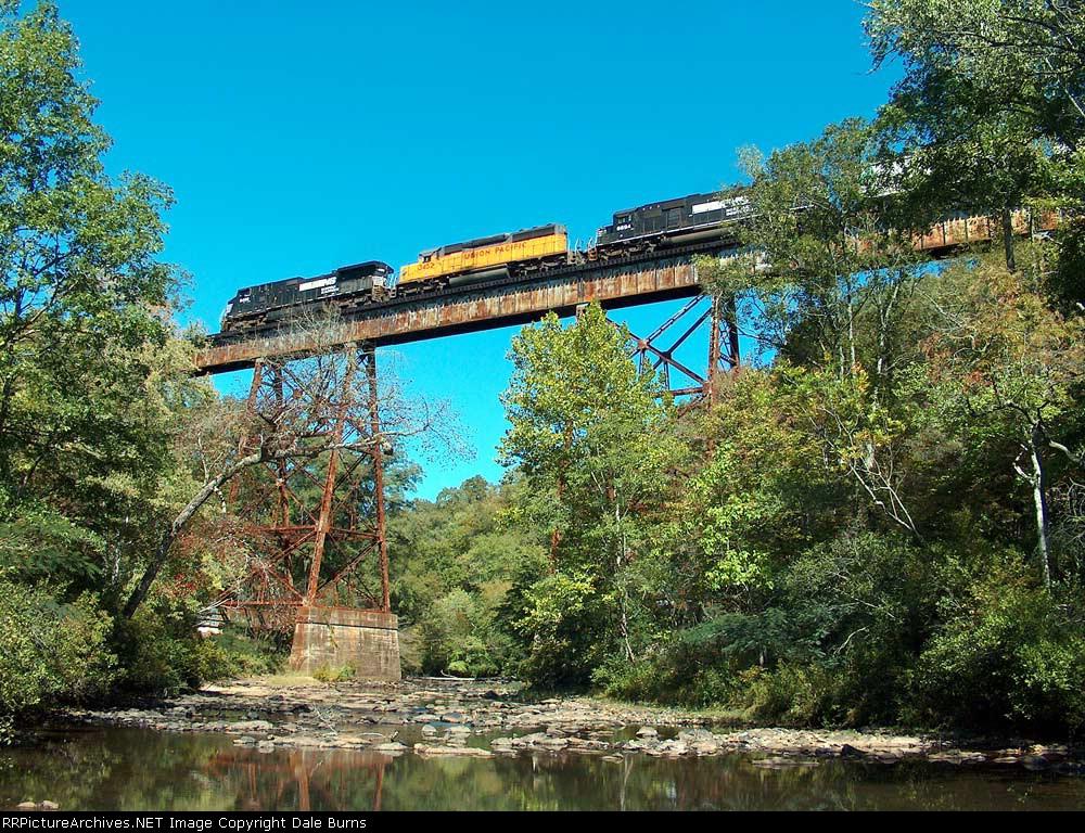 NS 335 West Over Hatchett Creek