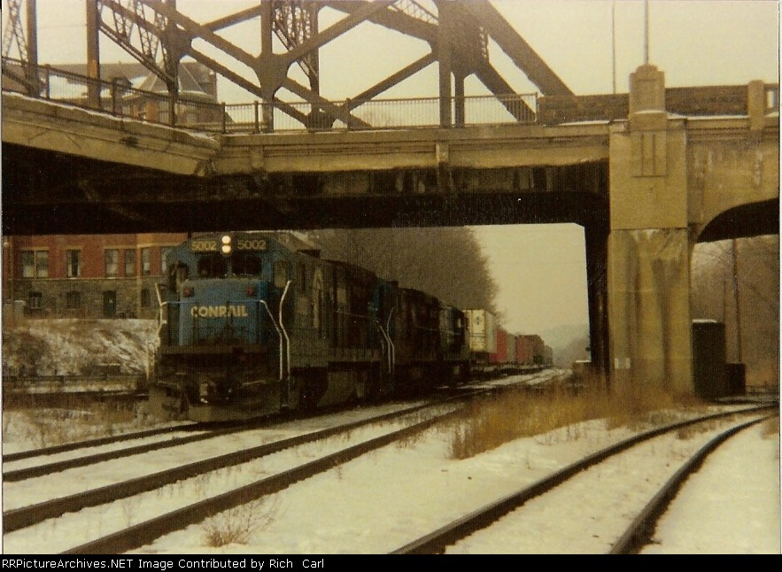 CR 5002 on Eastbound Truc-Train at CP Bethlehem