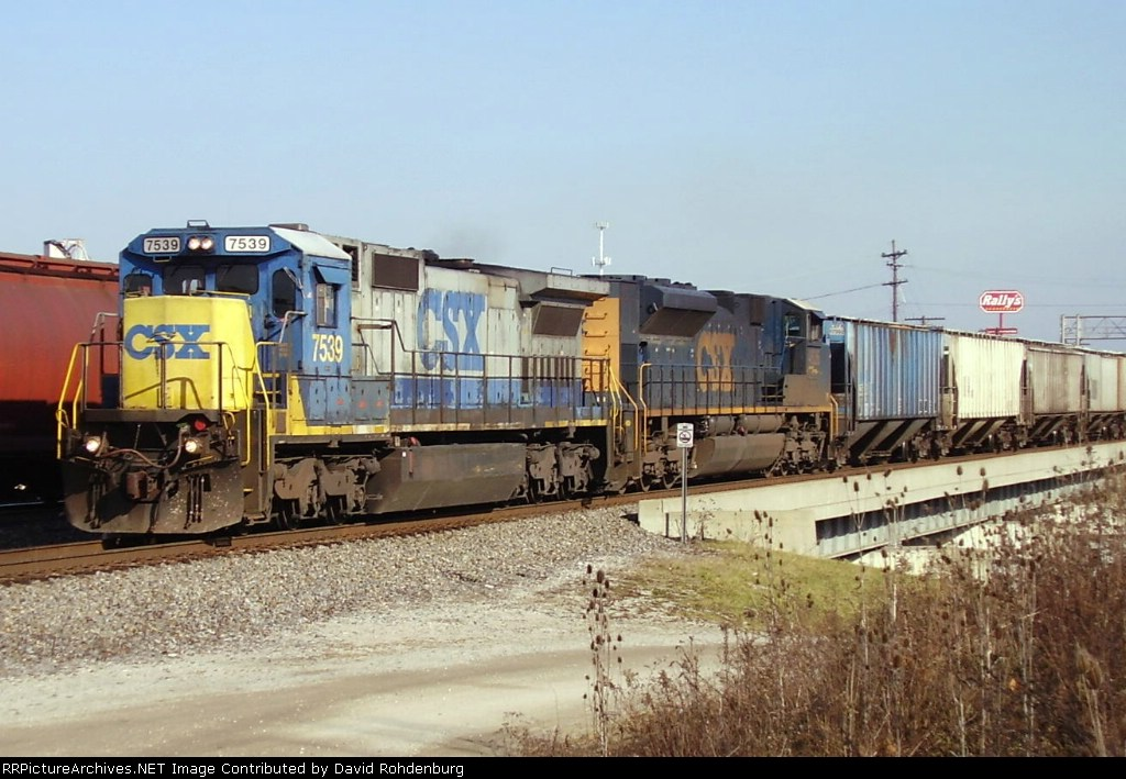 Southbound CSX with new SD70ACe