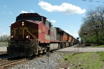 BNSF 786 leads an interesting lashup on CSX Q516