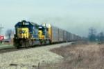 CSXT 8114 rolls south