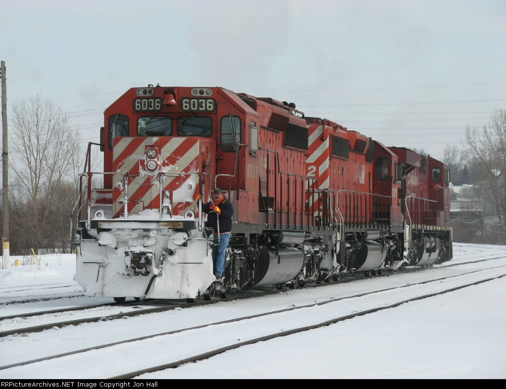 X500's power heads for Plaster Creek to cross over to the Odd Side