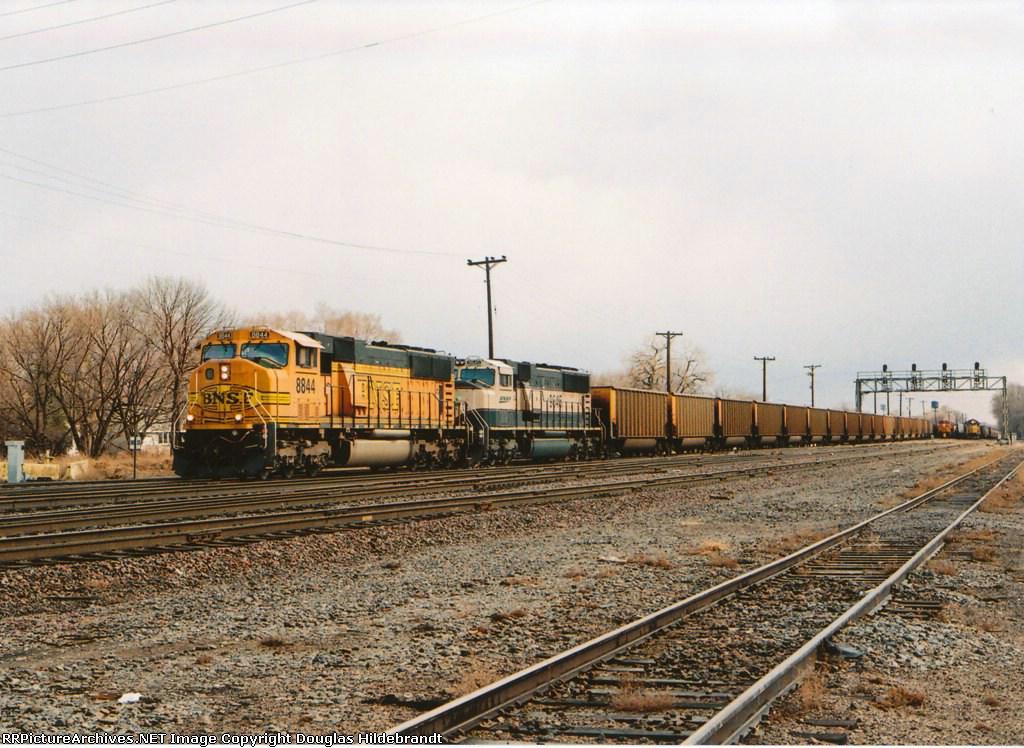 BNSF 8844