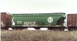 BNSF covered hopper, green