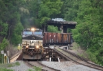 NS Southbound rolls across the Yadkin River Bridge