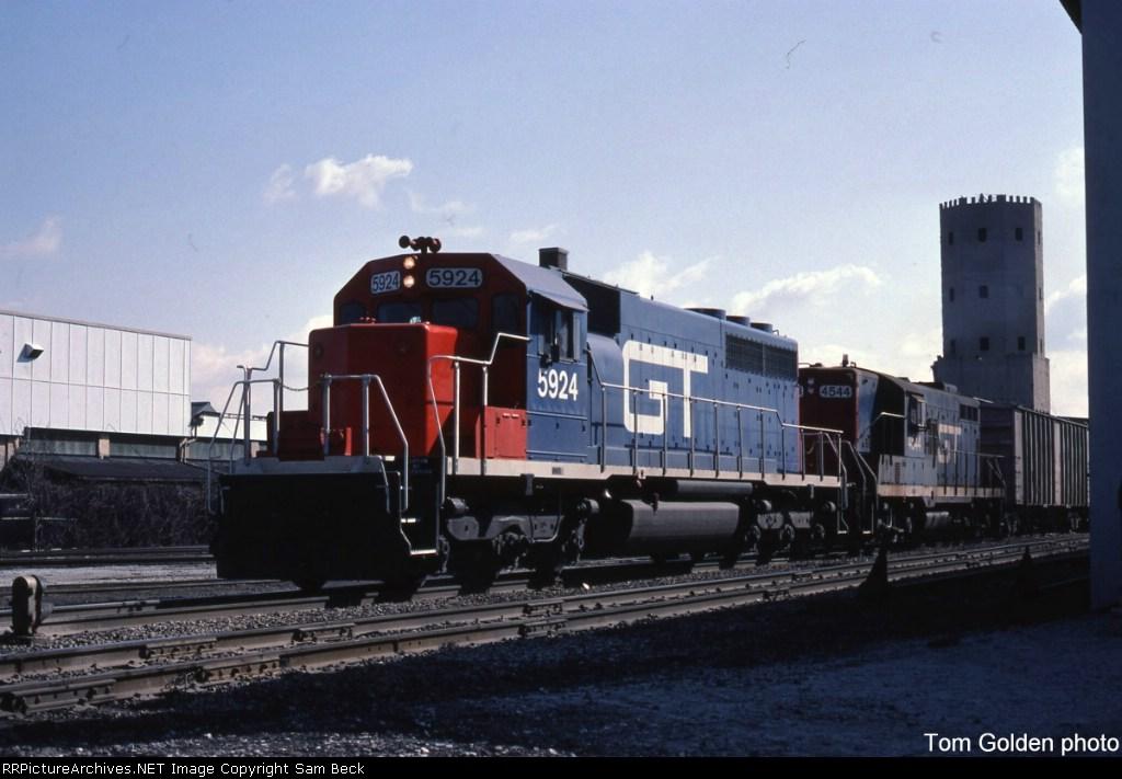 GTW 5924 w/ 4544