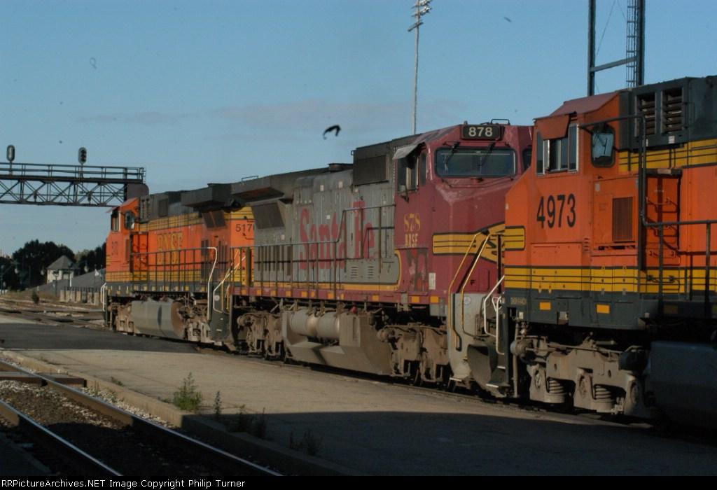 xSF BNSF 878