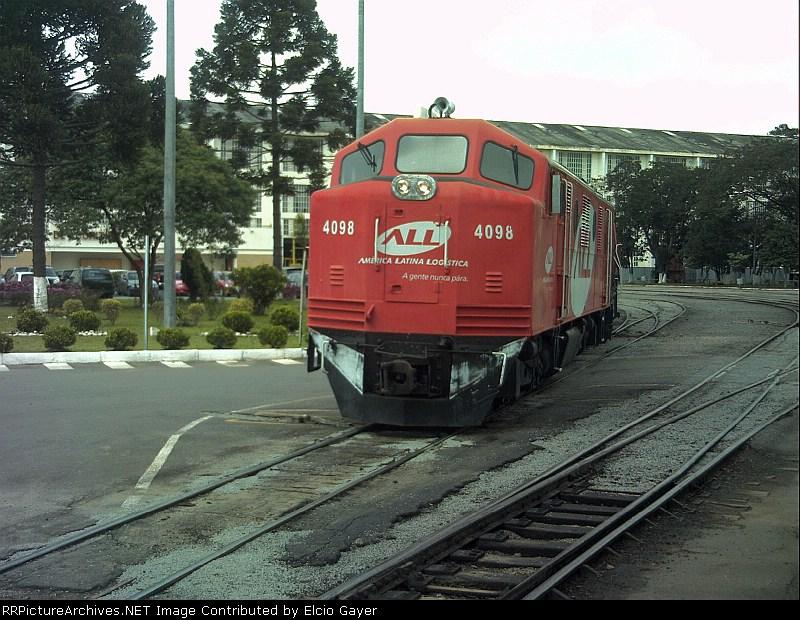 Locomotive B12