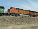 BNSF 5841 DASH9-44CW