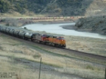 BNSF 672 along Yellowstone River