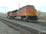 BNSF 4074 C44-9W switching lines
