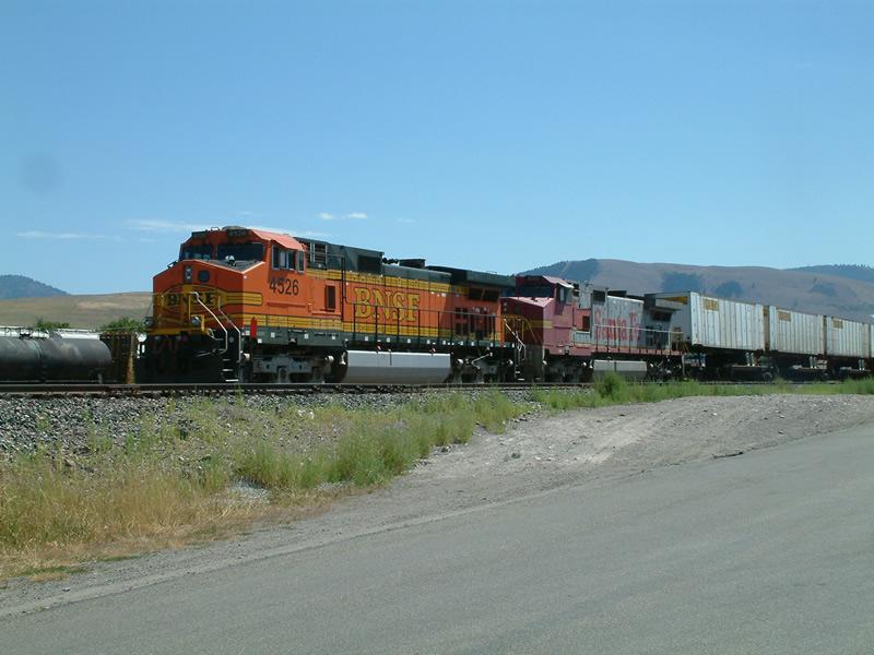 BNSF intermodal train awaits a crew