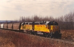 Itasca Yard bound transfer approaches LST&T Jct.
