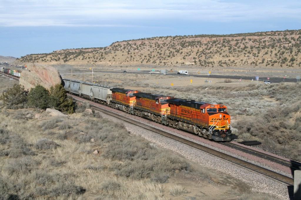 BNSF 7627 West