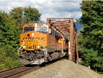 BNSF 4250 West at