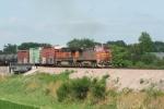 BNSF 850 leads a westbound train