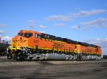 BNSF 5826 Brand New Looking For Work