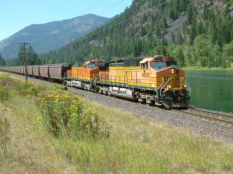 BNSF Eastbound Grain train