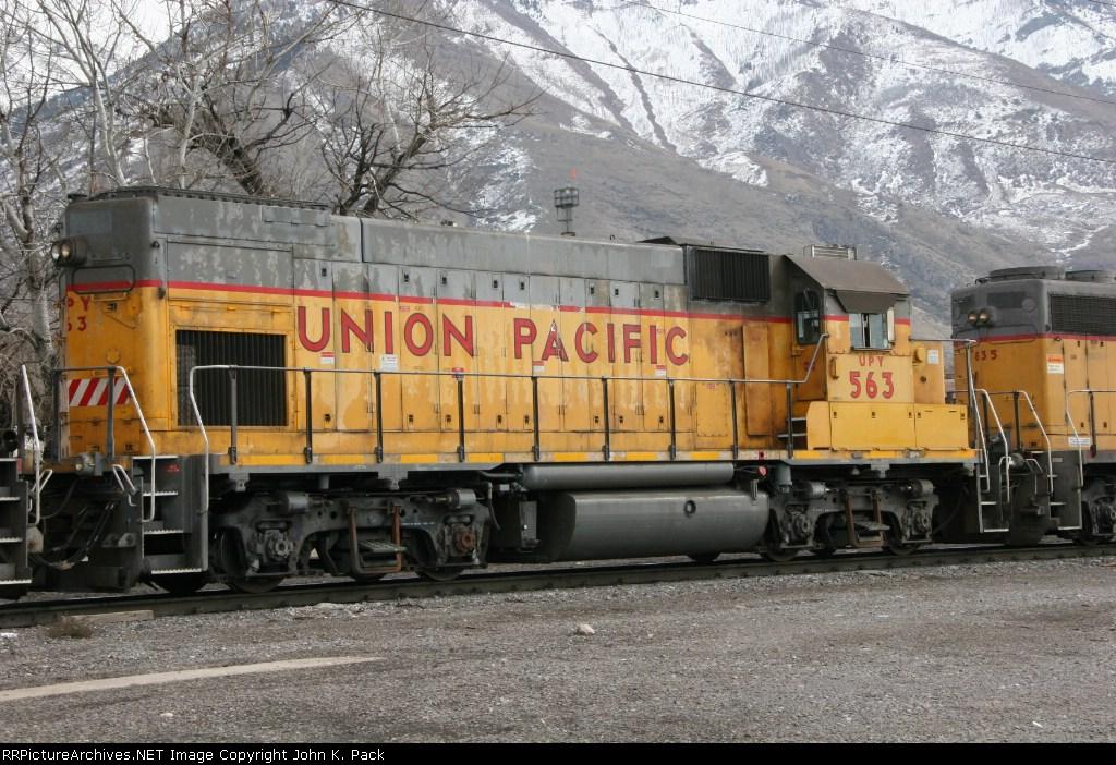 UPY 563