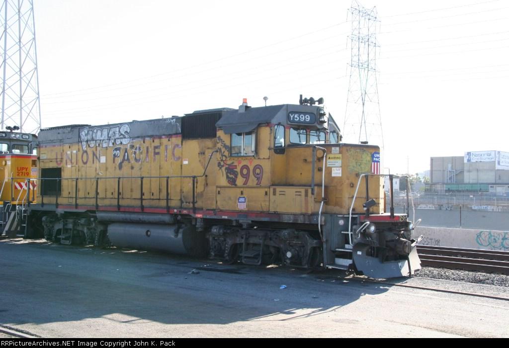 UPY 599