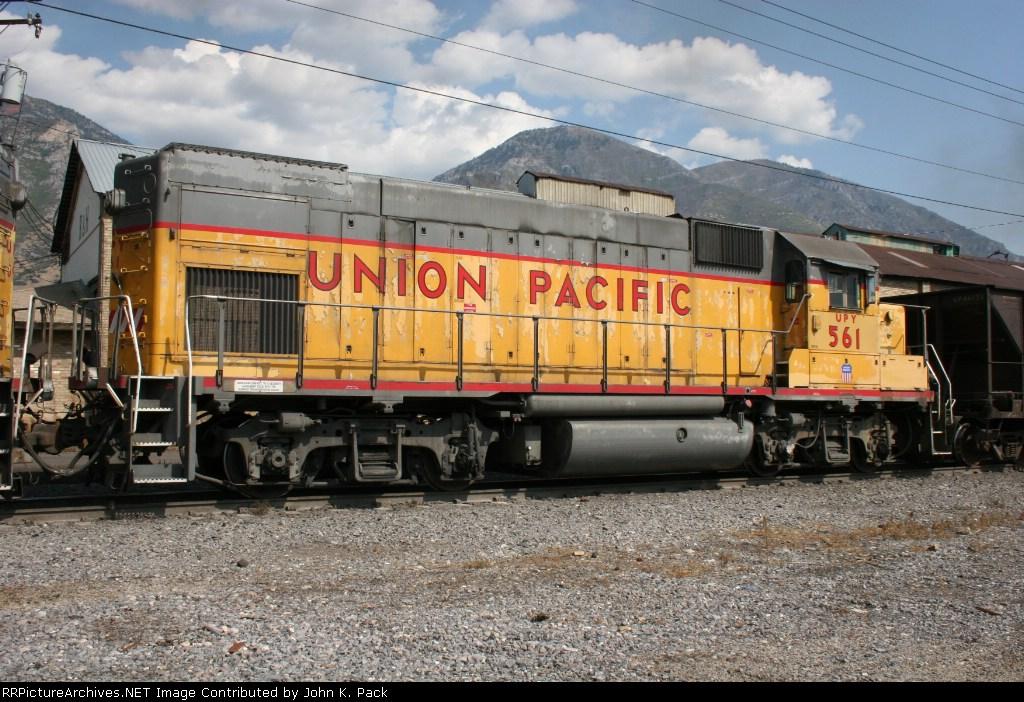 UPY 561