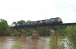 Rerouted CSX Q142-05 crossing the Ocmulgee River