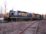 CSX 2385 road slug with mother GP40-2 CSX 6985