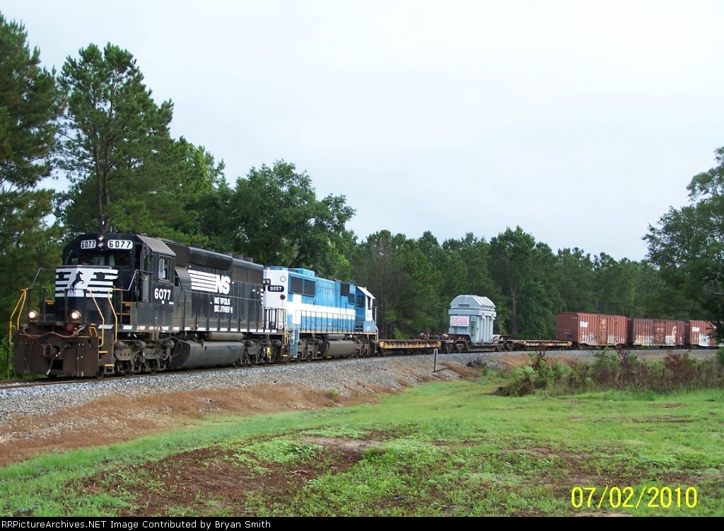 Special locomotive and load