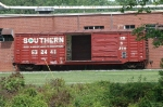 Fresh(?) paint on Southern box car