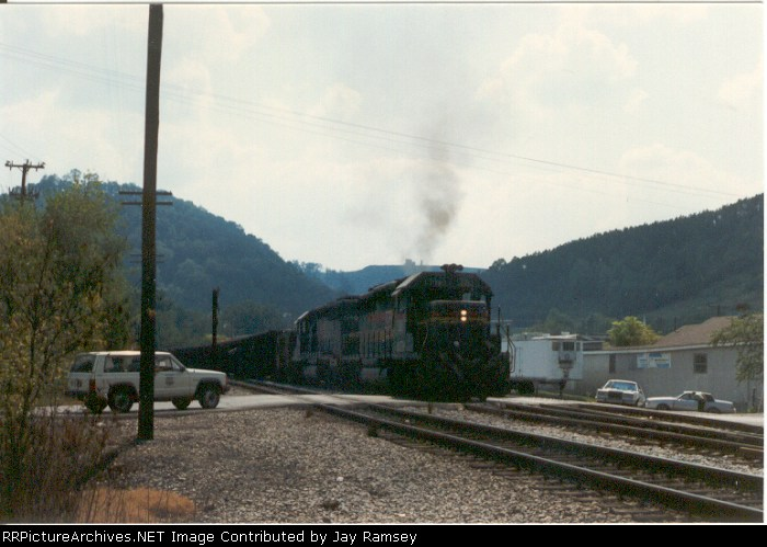 CSX 8079 blowing smoke
