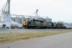 CSX 6432 joins with CSX 2306/2571 to build S275 at Memphis Jct. Yard 3/7/09