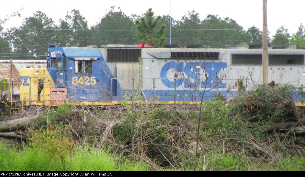 CSXT 8425